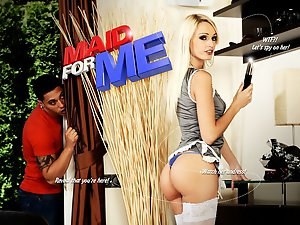 Interactive sex game - Maid for me